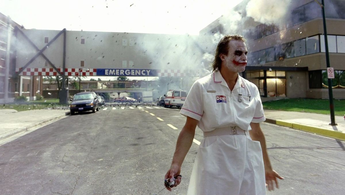 10-insane-facts-you-probably-didn-t-know-about-heath-ledger-s-joker-680721.jpg
