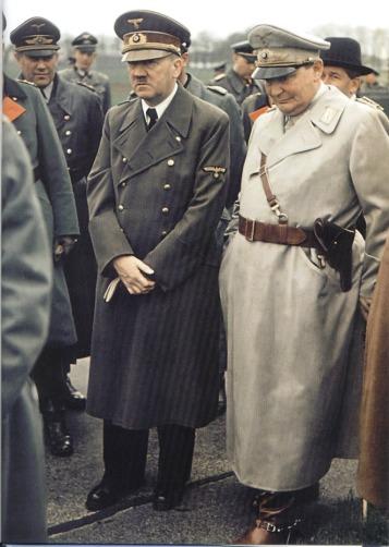Hitler-and-Hermann-Goring.jpg