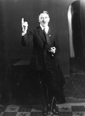 Hitler rehearsing his public speeches in front of the mirror 11.jpeg